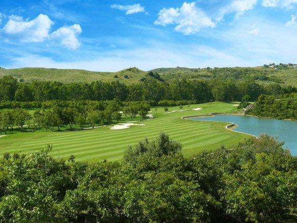 Disfruta del golf al mejor precio. Santa Golf